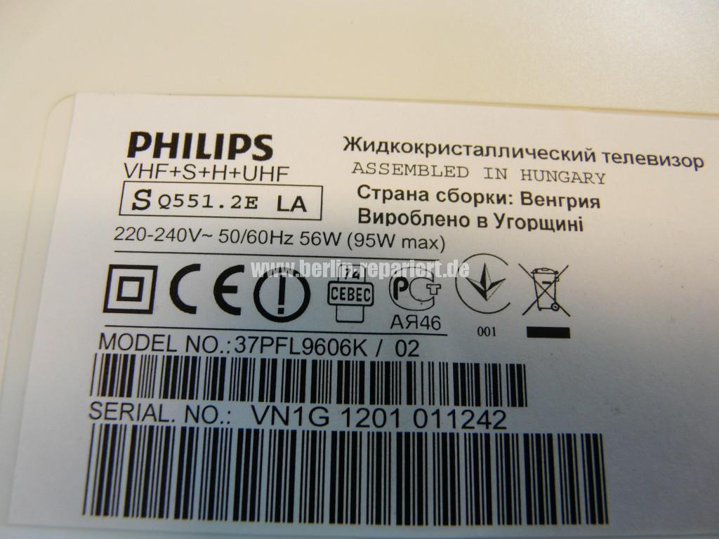Philips 37PFL9606K02, geht an Logo kommt dann geht aus (7)