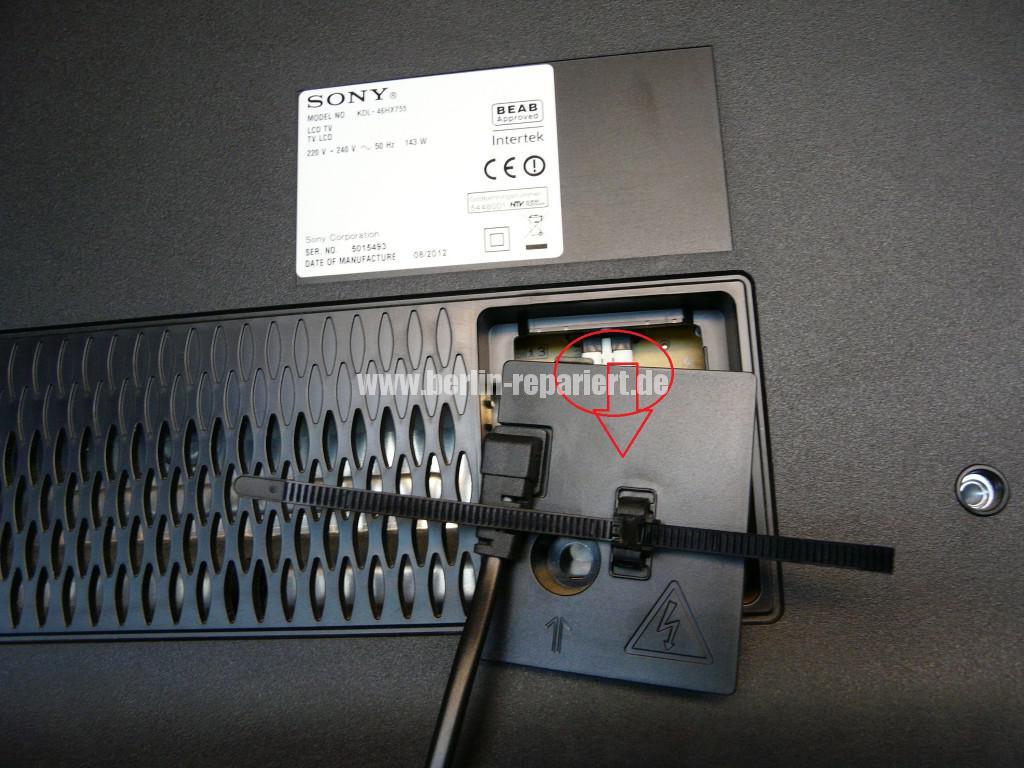 Sony KDL46HX755, geht Aus und Blinkt (2)