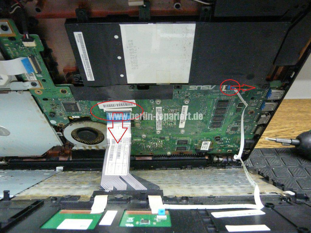 ASUS F555, geht schwer an, Power Taste defekt (2)