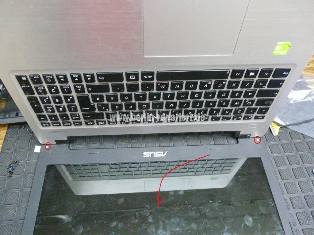ASUS R505CB, kein Bild in aufgeklappten zusatnd (4)