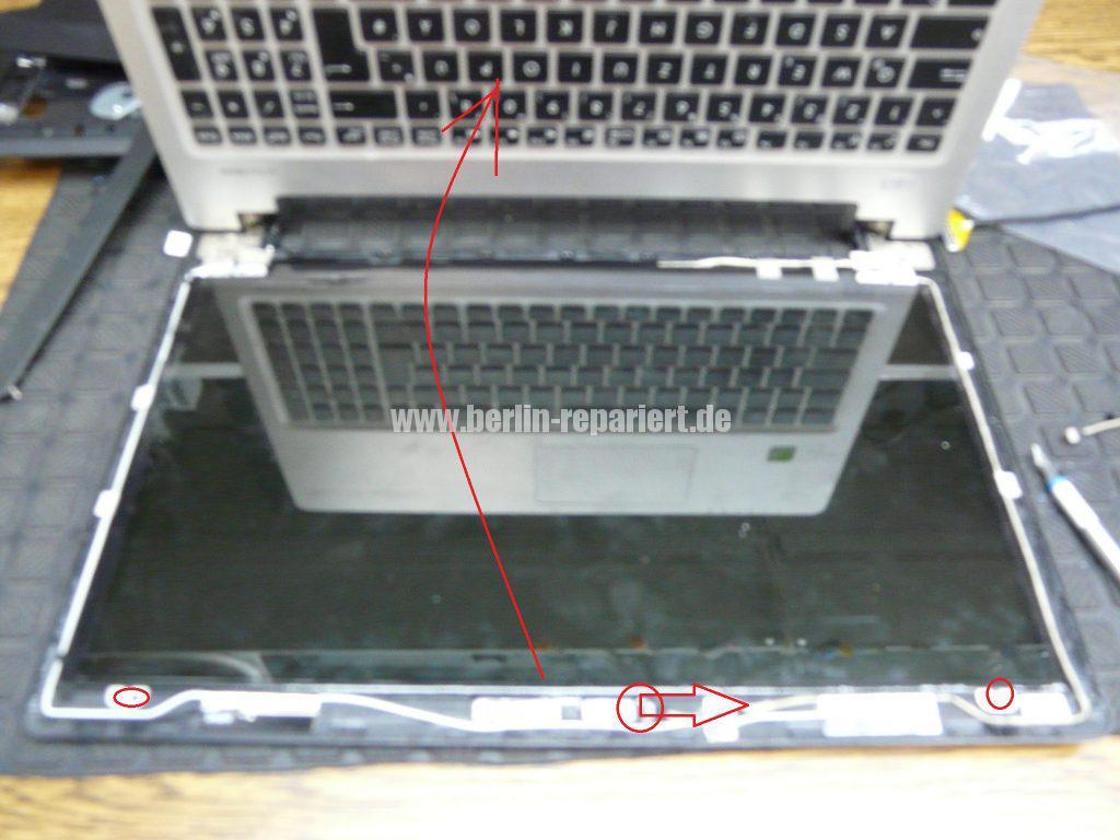 ASUS R505CB, kein Bild in aufgeklappten zusatnd (5)