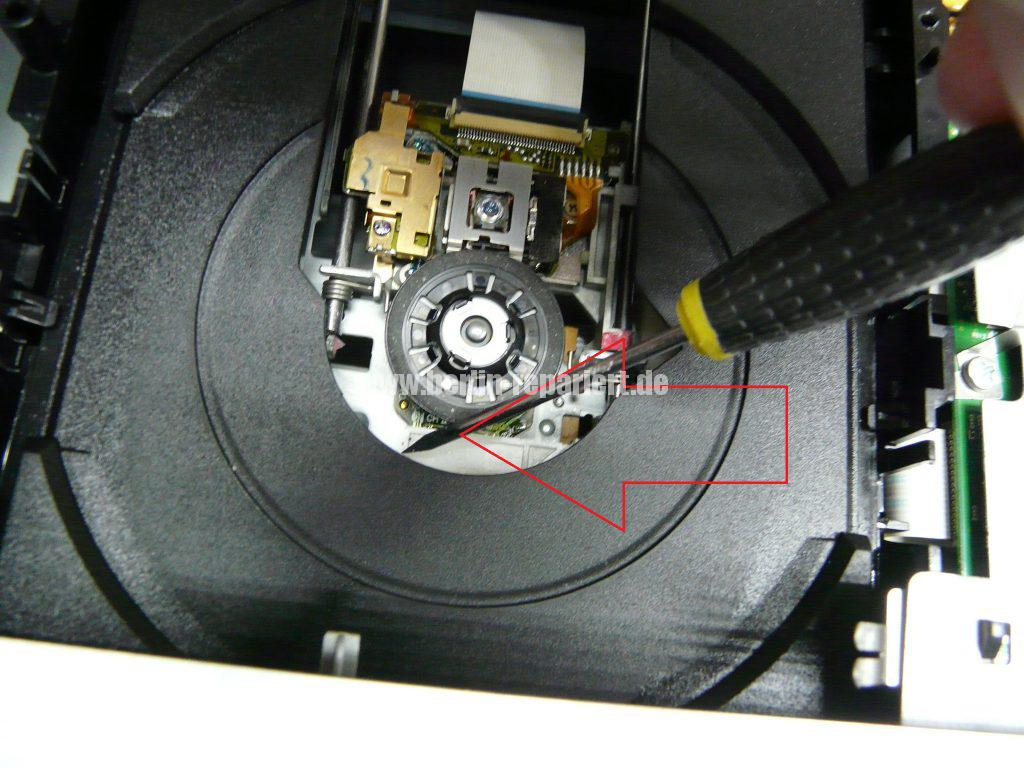 Funai DR-A2635, DVD geht nicht raus (4)
