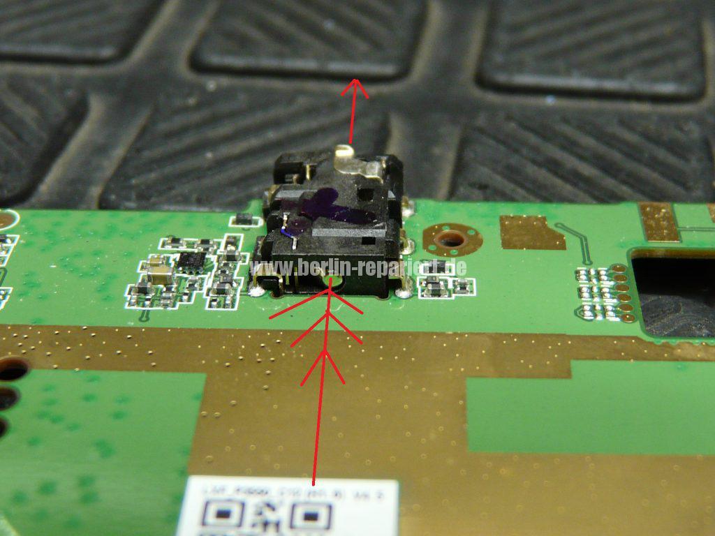 Lenovo IdeaPad S5000, Kopfhörerbuchse defekt (19)