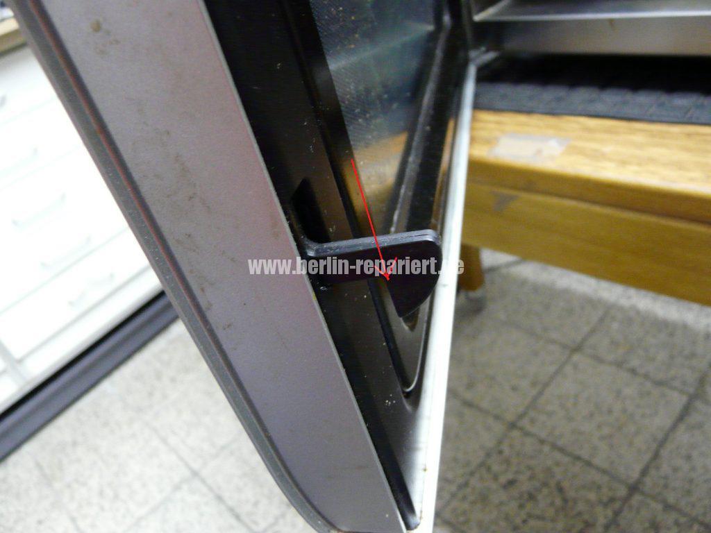 Panasonic NN-A524, Tür Verriegelung defekt (2)