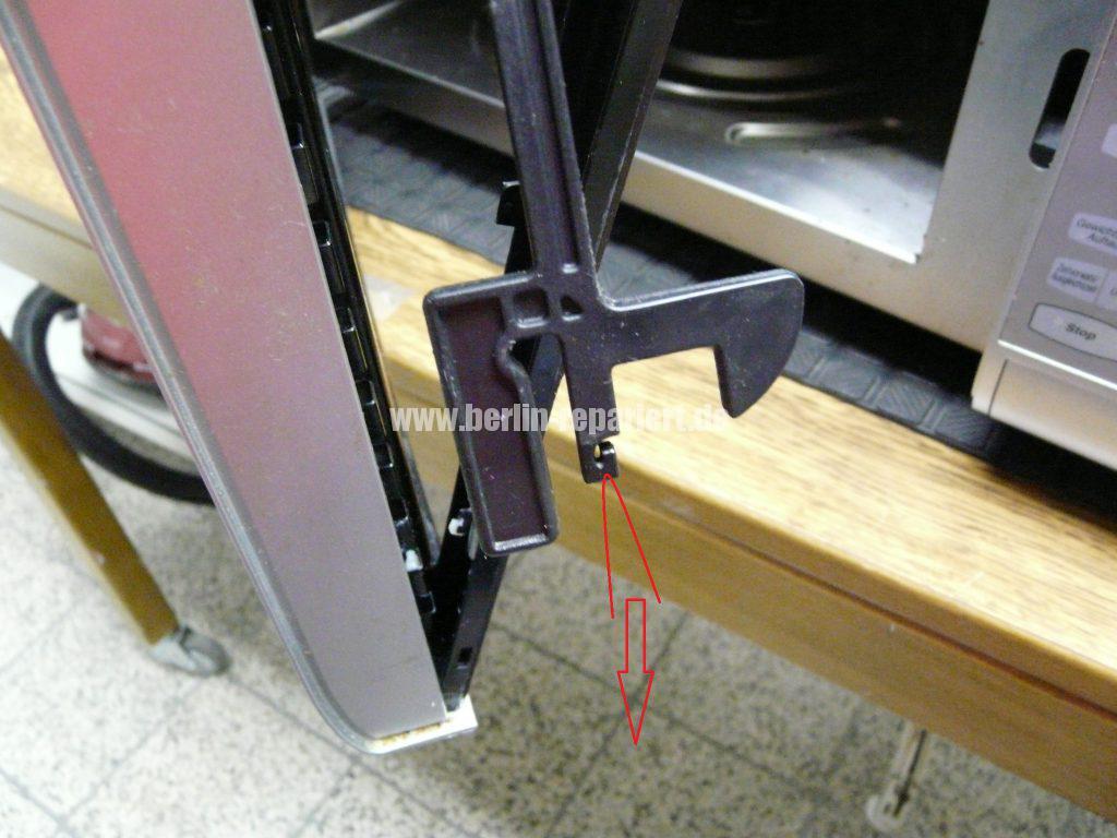 Panasonic NN-A524, Tür Verriegelung defekt (5)