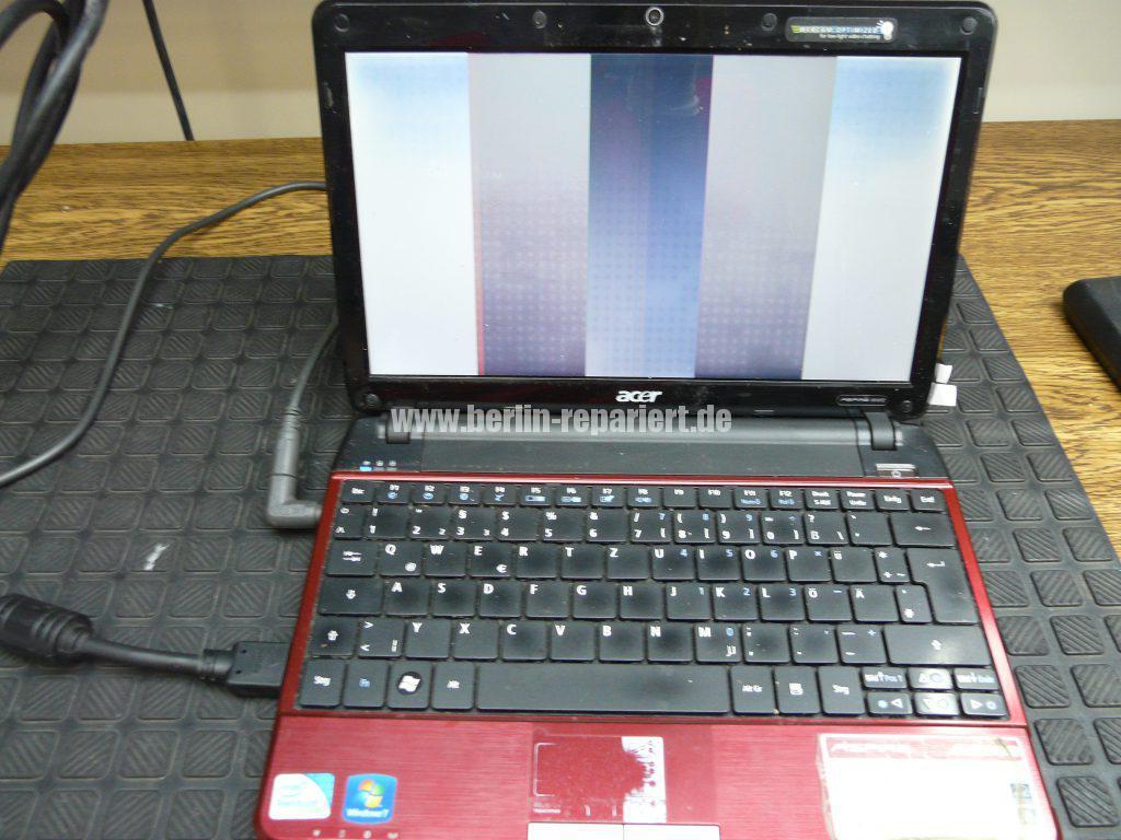 Acer Aspire 1810TZ, Streifen  (3)