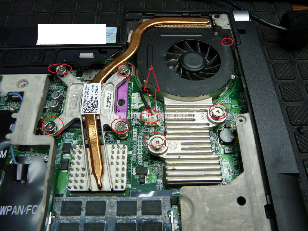 Dell Studio 1537, geht nicht An (12)