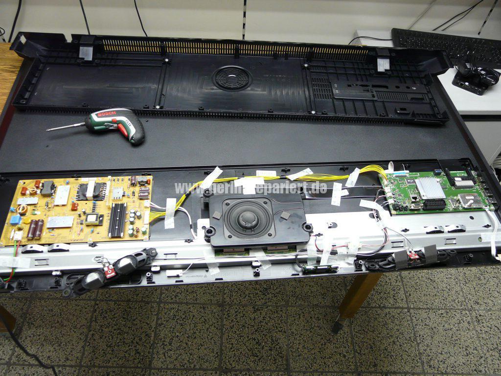 Grundig 55 VLE 8471, Display Schaden (7)