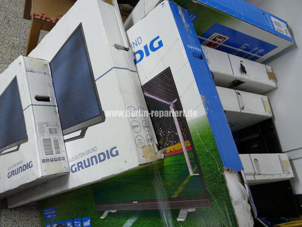 Grundig Elektroschrott und Haushalt Geräte (1)