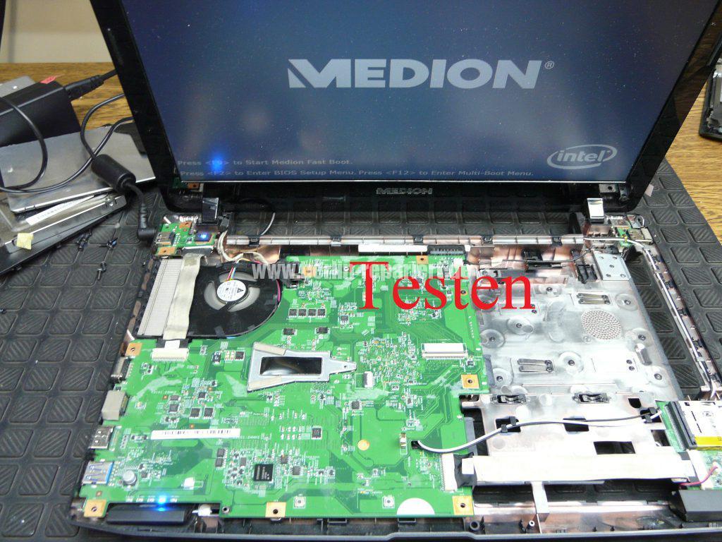 Medion MD98730, geht nicht an Test (2)