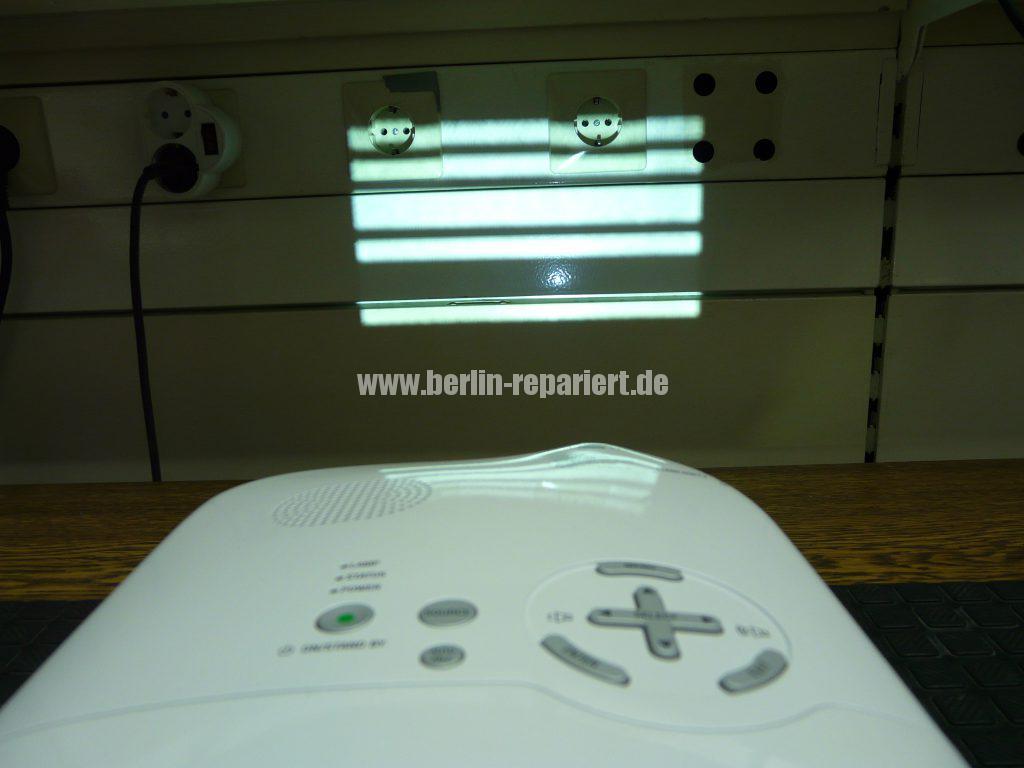 NEC HT510, Streifen in Bild, keine weitere Funktionen (3)