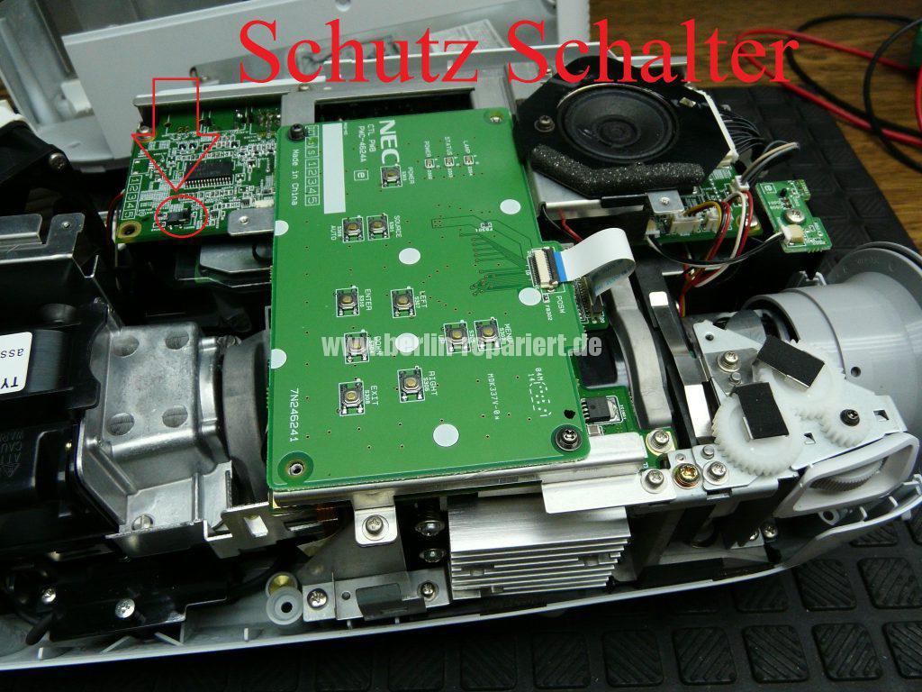 NEC HT510, Streifen in Bild, keine weitere Funktionen (6)