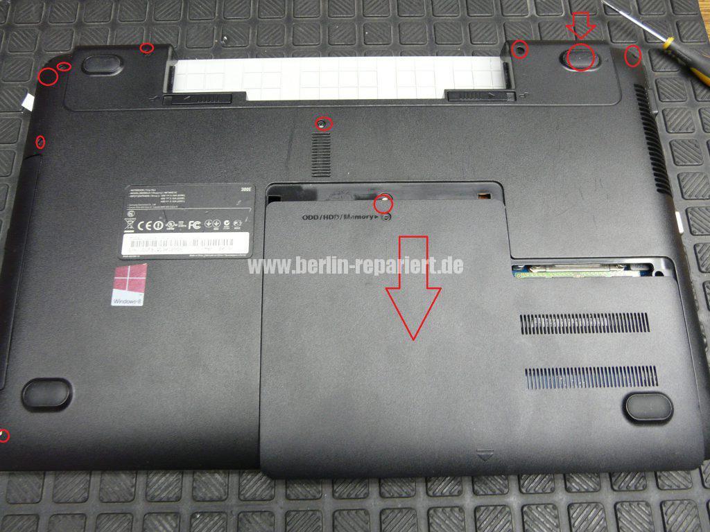 Samsung NP300E5E, keine Funktion, der Akku wird nicht geladen, Netzbuchse defekt (2)