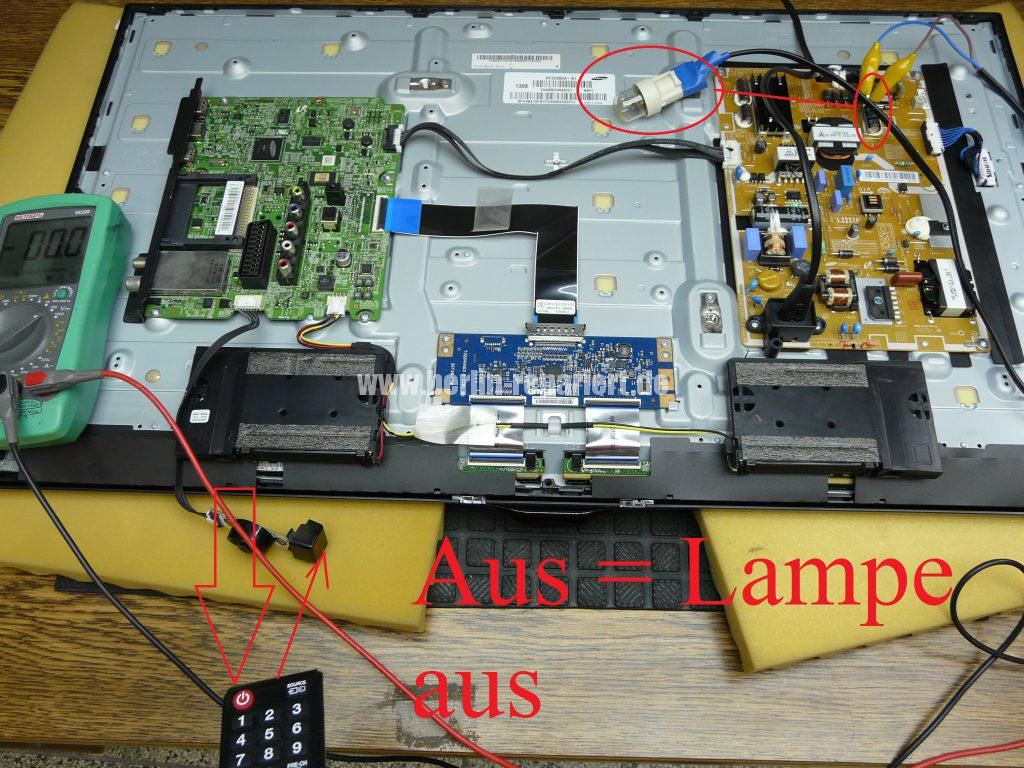 Samsung UE32F5070, Stby Blinkt (6)