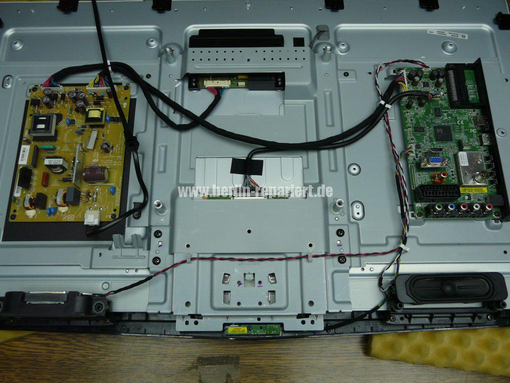 Toshiba 32HL933G, nur Stby schaltet nicht ein (3)
