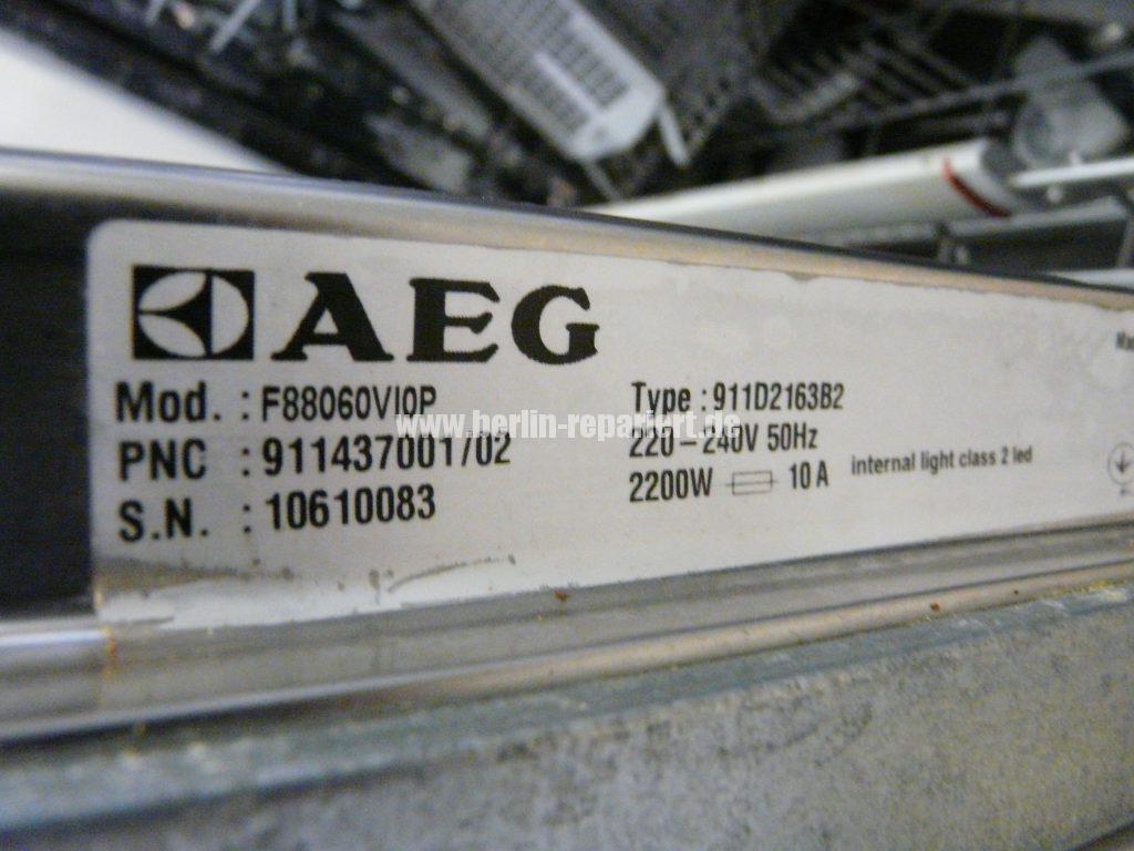AEG F88060, Programm startet nicht, Pumpt nur (2)