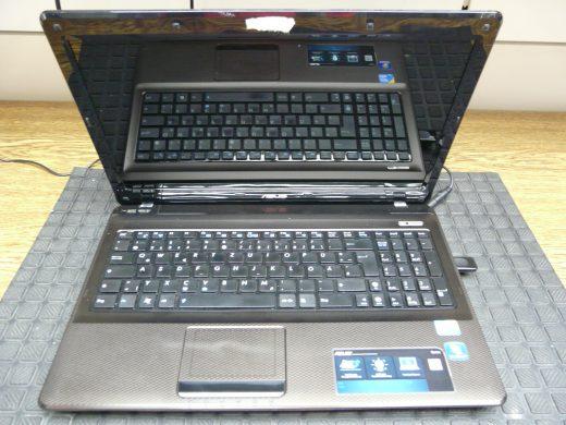 ASUS X52F, Bild friert ein (1)