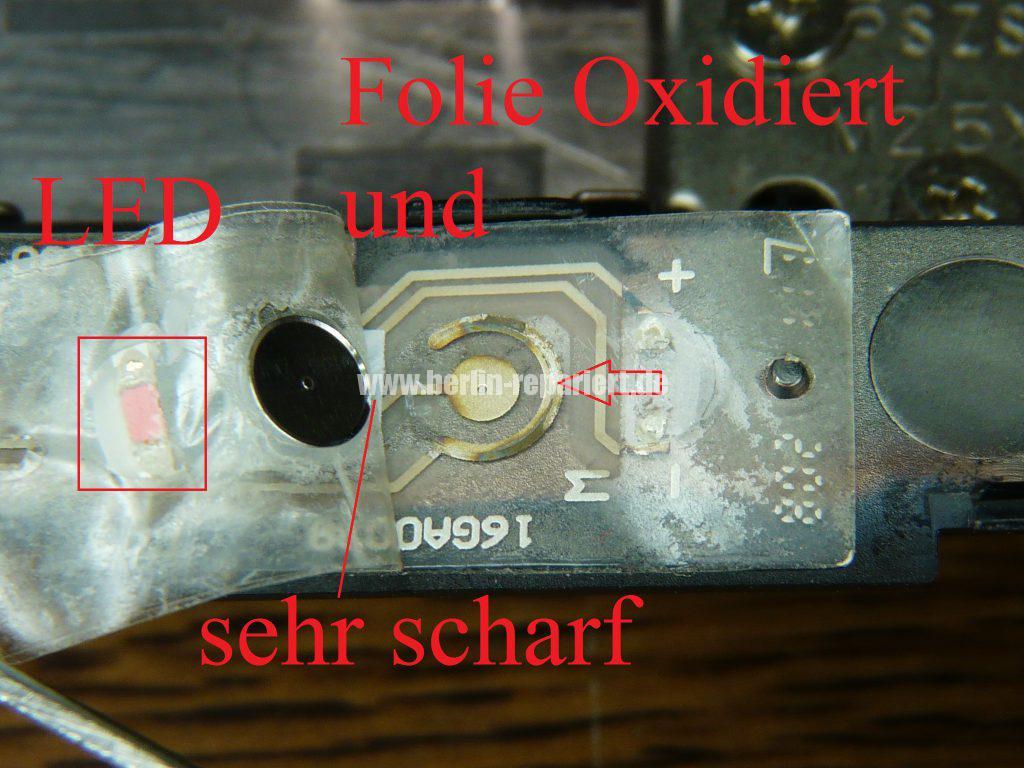 ASUS X93S, kann nicht mehr eingeschaltet werden, Power LED leuchtet, Akku wird geladen (10)