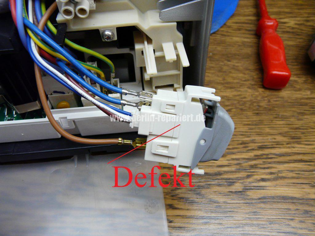 Bosch CTES32, verliert Wasser, Schalter setzt aus (9)