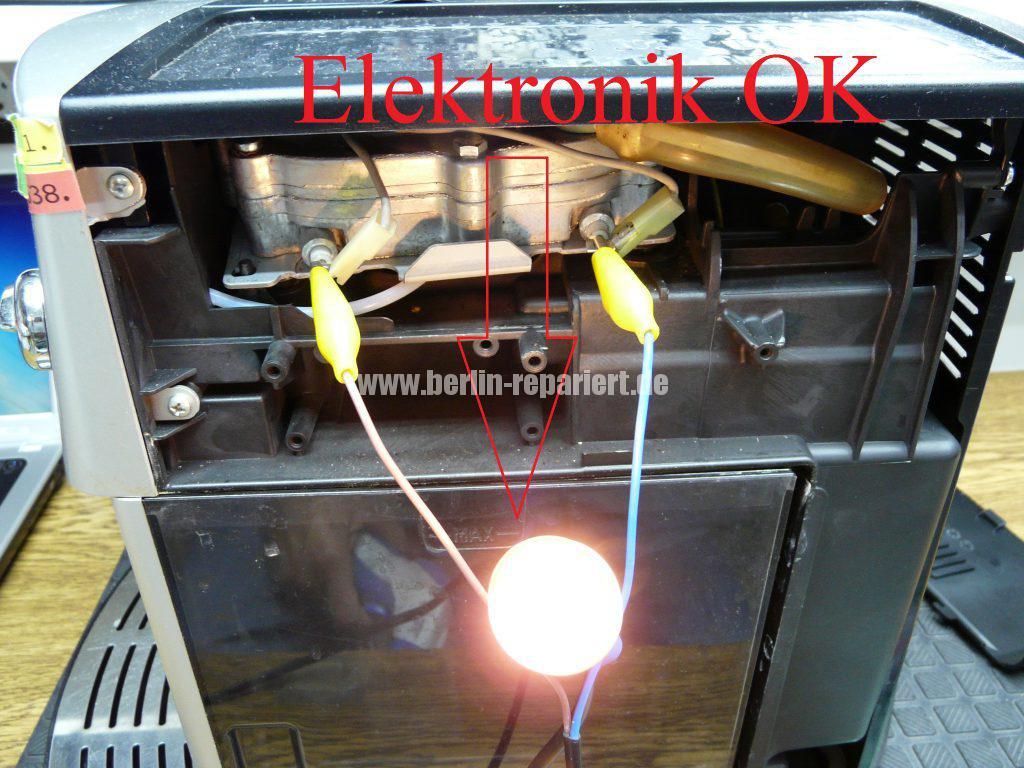 DeLonghi ESAM3200, LED blinken sonst nichts (6)