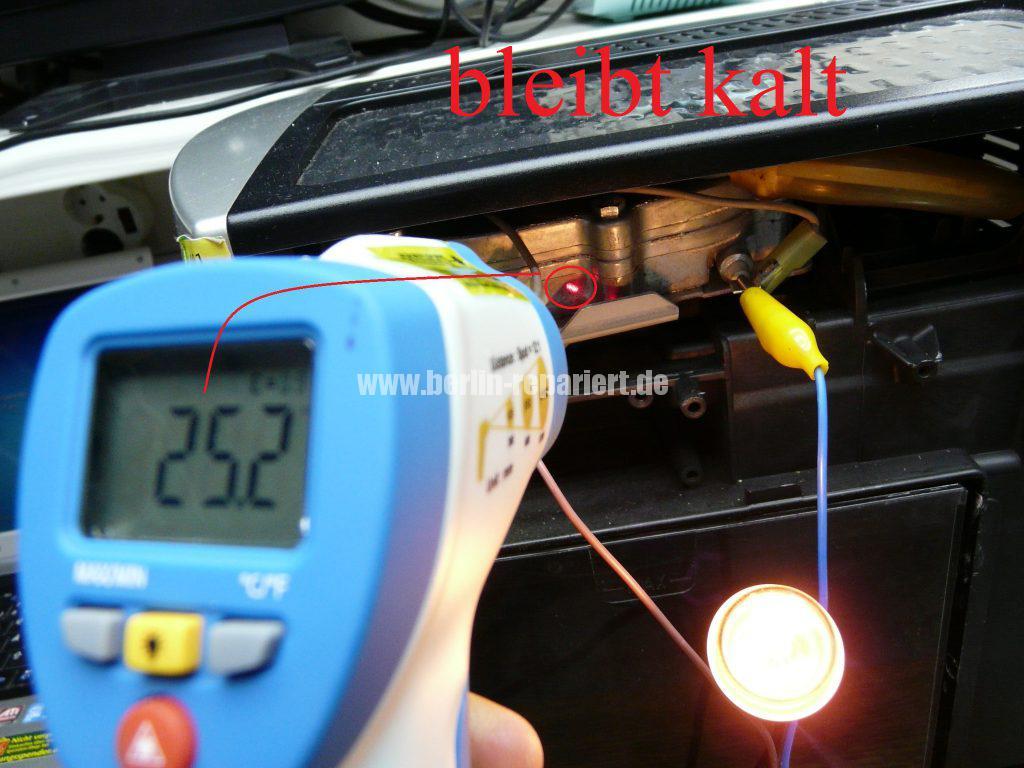 DeLonghi ESAM3200, LED blinken sonst nichts (8)