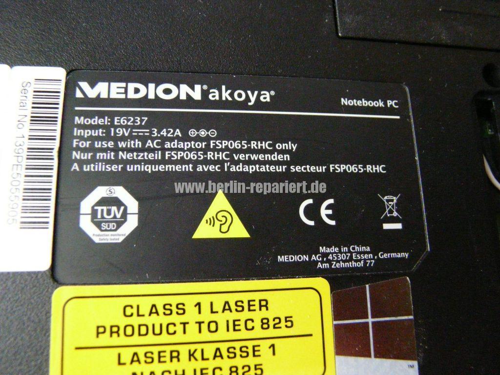 Medion Akoya E6237, keine Funktion (17)