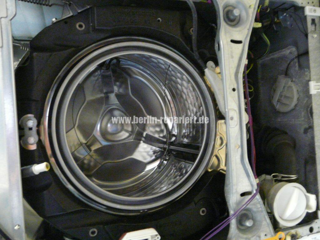 Miele GalaGrande XL W1000 W1960, Türmanschette defekt (3)