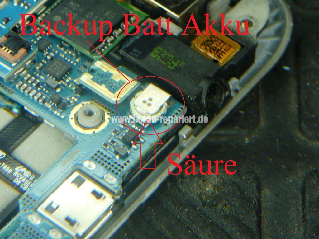 Samsung GT-i9001, geht nicht an (8)