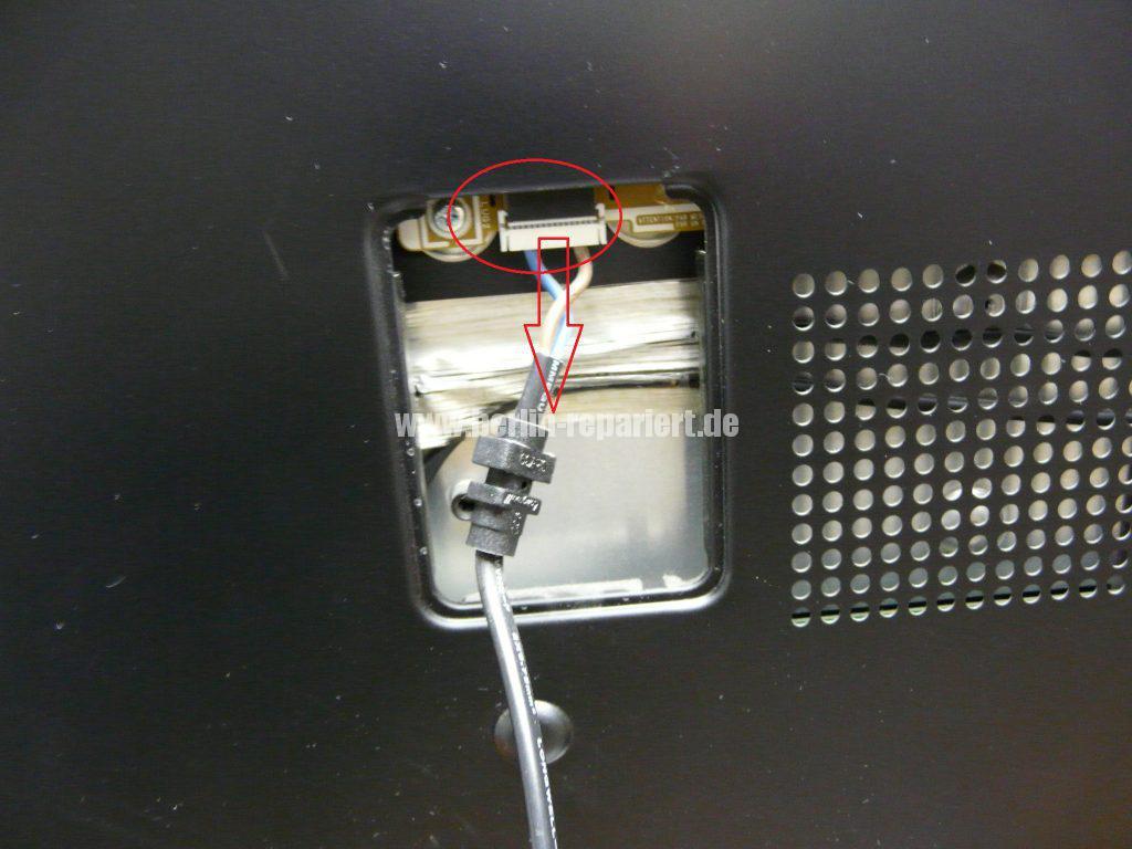 Samsung UE46C7700WS, Antennenbuchse defekt (3)
