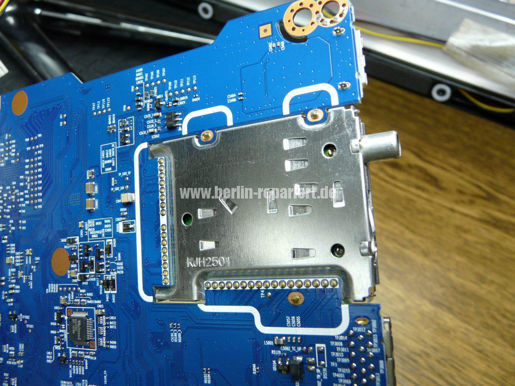 Samsung UE46C7700WS, Antennenbuchse defekt (7)