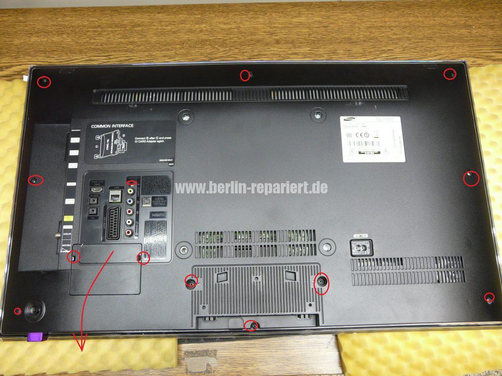 Samsung UE32F670, Tunerbuchse einlöten (2)