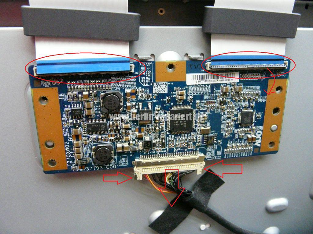 Sony KDL-37V4500 E, Bild Solarisiert, falsche Farben (2)