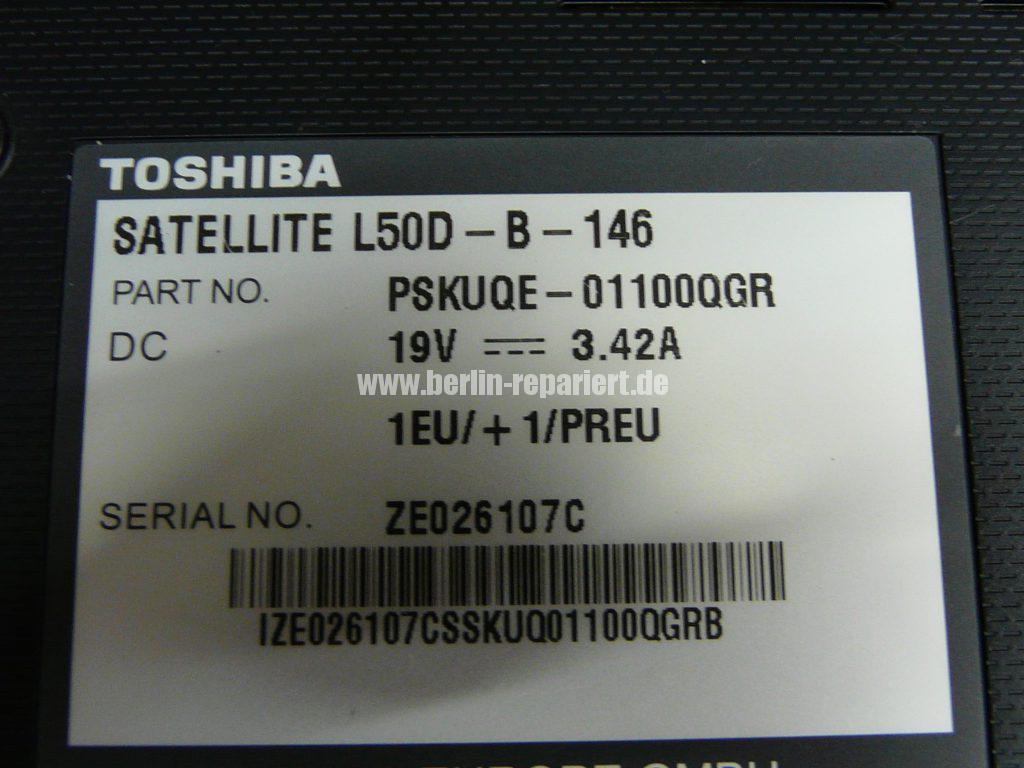 Toshiba Satellite L50D, die Gehäuse und die Netzbuchse sind defekt (6)