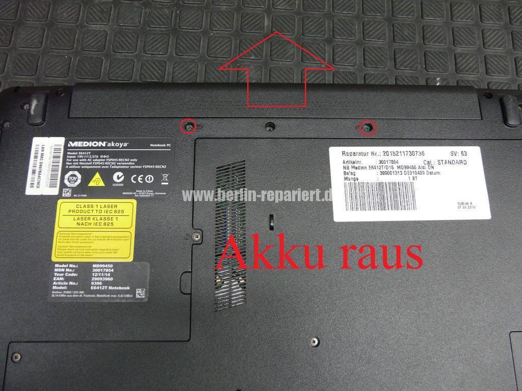 Medion Akoya E6412T, Digitizer geplatzt, Digitizer ausbauen (3)