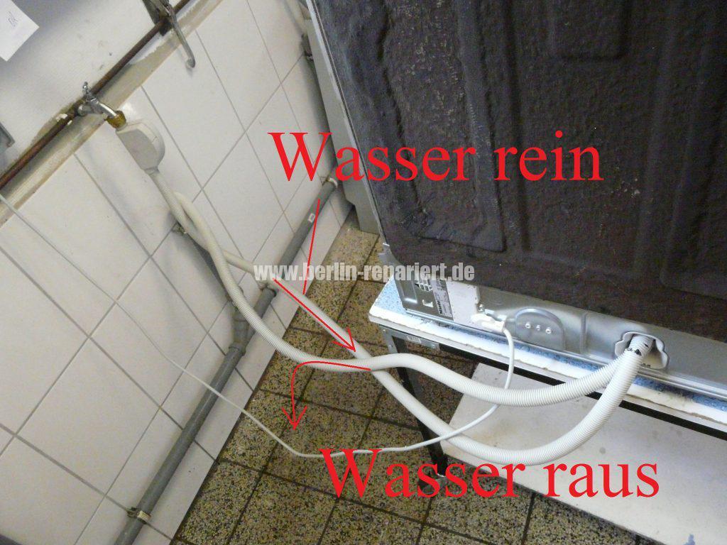 miele-g-2482-verliert-wasser-schlauch-defekt-6