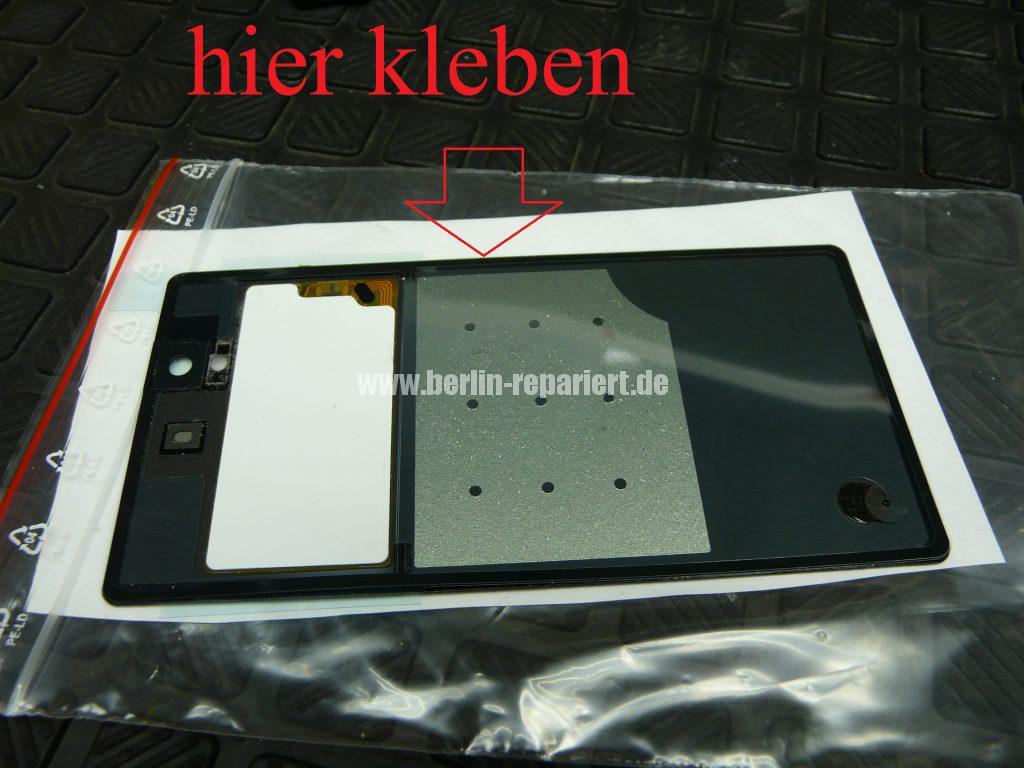 Sony Xperia Z, Akkudeckel ist abgeklebt (5)