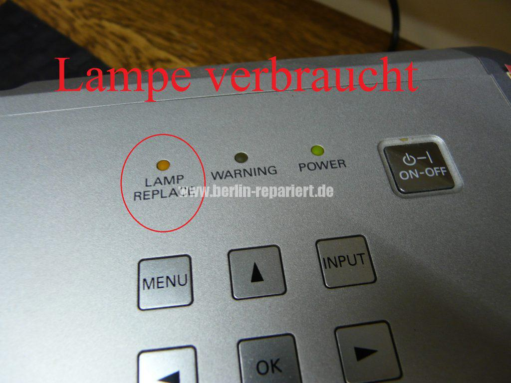 sanyo-plv-z4-lamp-replace-led-blinkt-2
