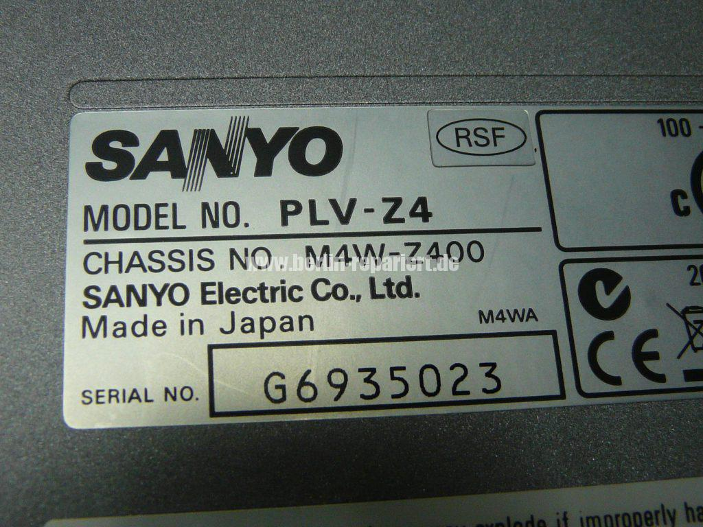 sanyo-plv-z4-lamp-replace-led-blinkt-7