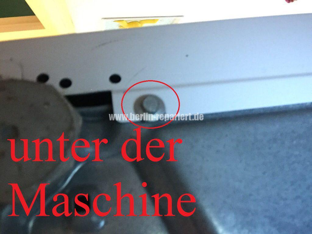 siemens-wm14y5ed-gummimanschette-defekt-verliert-wasser-an-der-bullauge-12