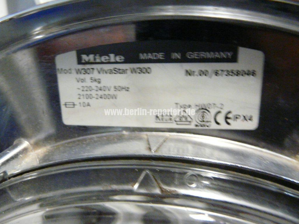 miele-vivastar-w300-extrem-laute-geraeusch-trommel-dreht-nicht-mehr-3