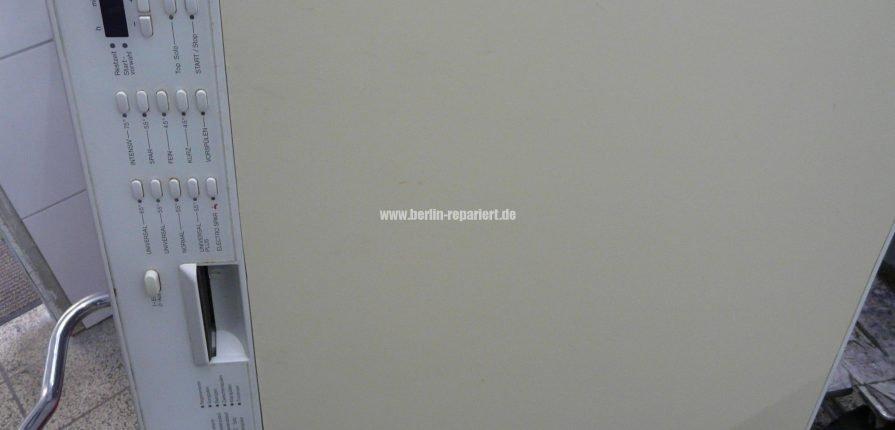 miele g 690 sc verliert wasser we repair wir reparieren. Black Bedroom Furniture Sets. Home Design Ideas