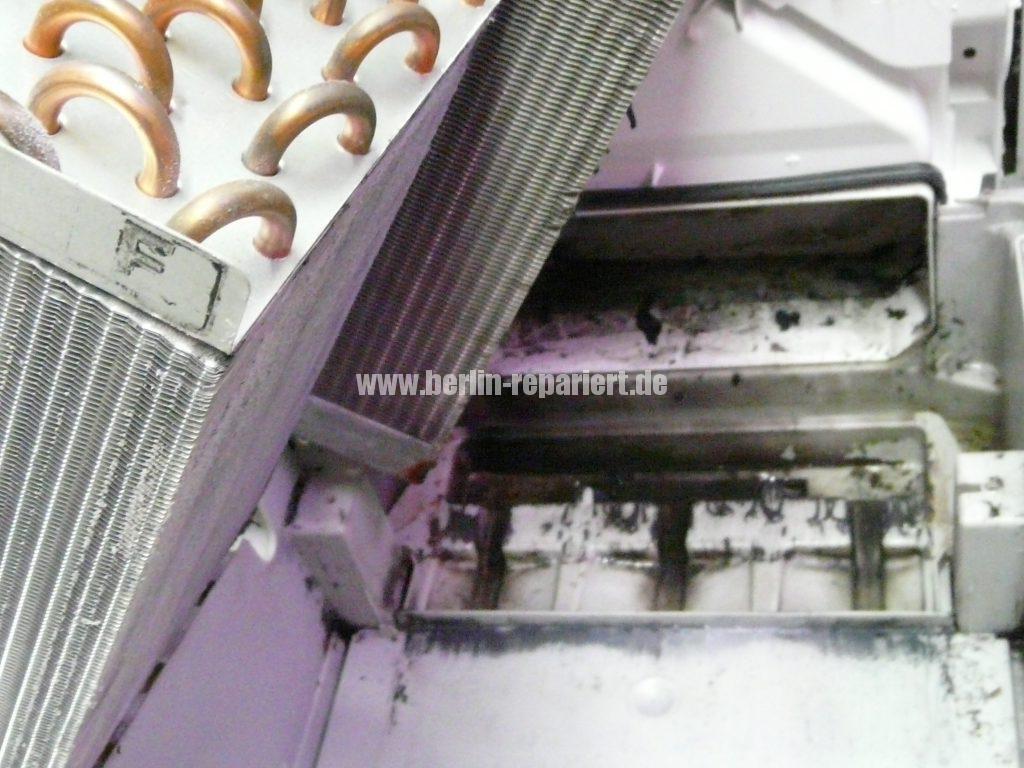 siemens w rmepumpentrockner reinigt sich von selbst we repair wir reparieren. Black Bedroom Furniture Sets. Home Design Ideas